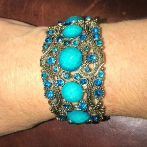 🦋 Turquoise & Blue in a spectacular gold bracelet